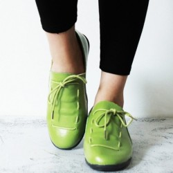 Soft flat shoes - with laces - pleated leather
