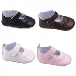 Leather shoes - with flower design - for newborns / babies