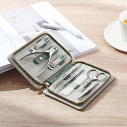 Professional manicure / pedicure set - stainless steel - with case - 8 pieces